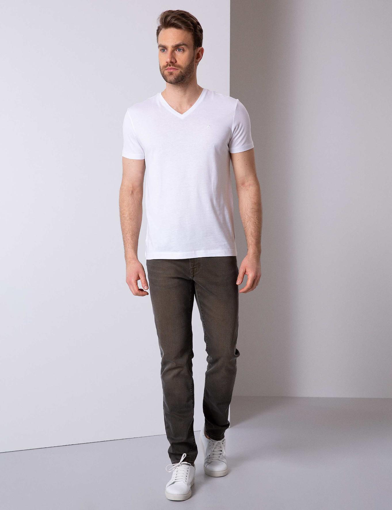 Beyaz Slim Fit V Yaka T-Shirt