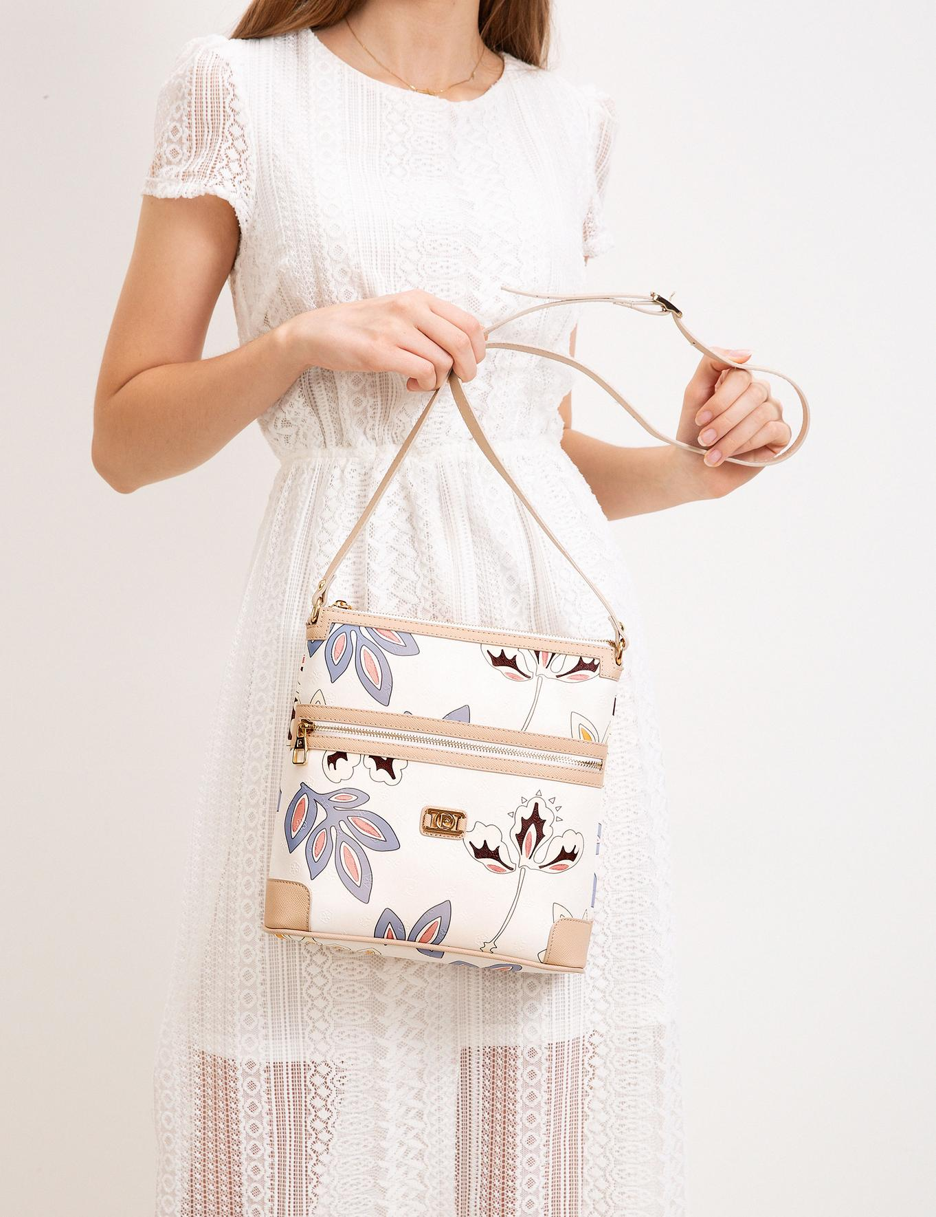 Beyaz Çiçek Desenli Çapraz Çanta