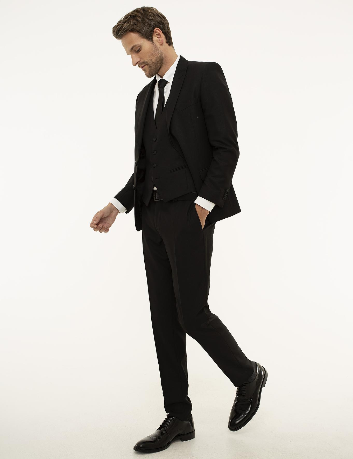 Siyah Ekstra Slim Fit Yelekli Takım Elbise