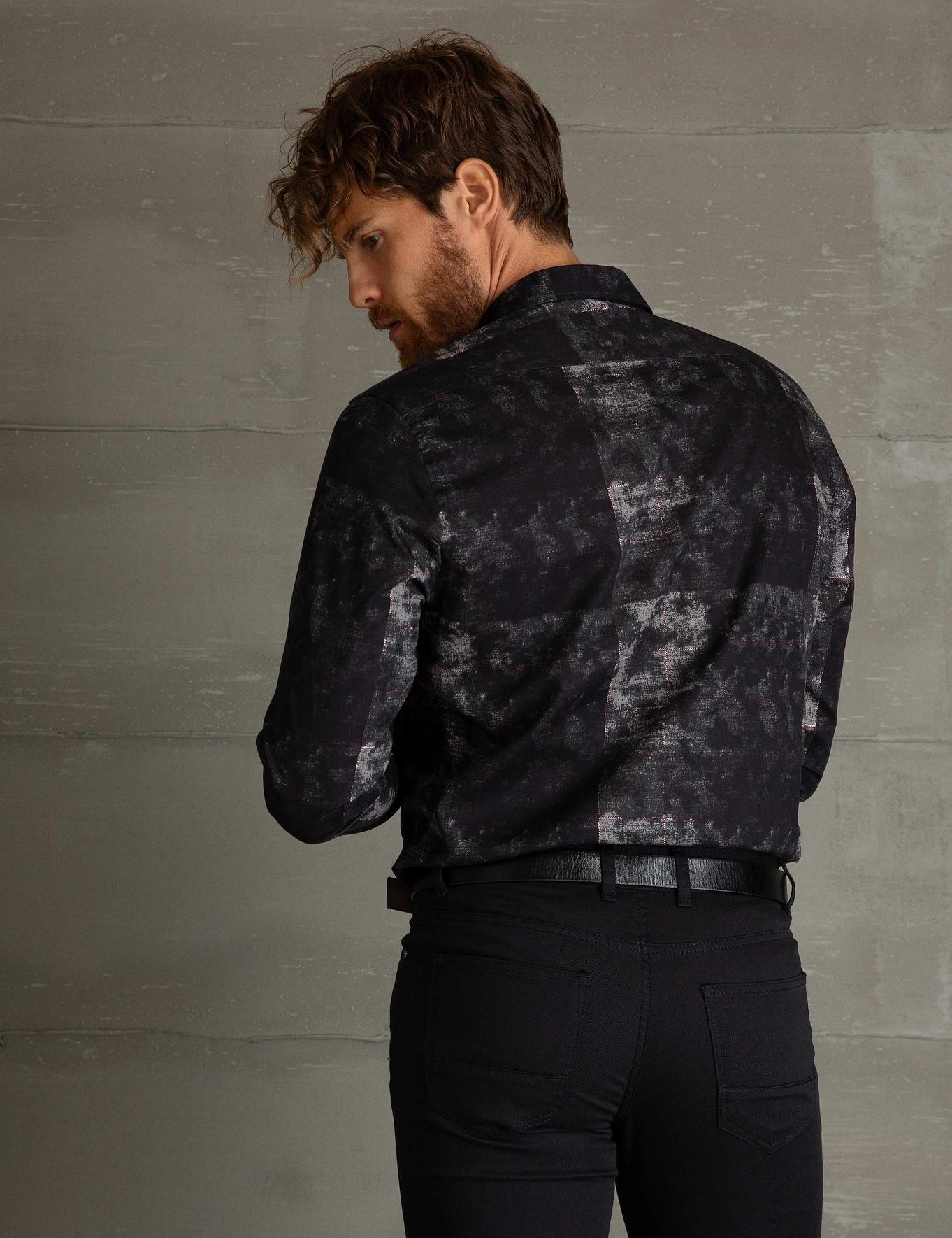 Bordo Detaylı Siyah Regular Fit Gömlek