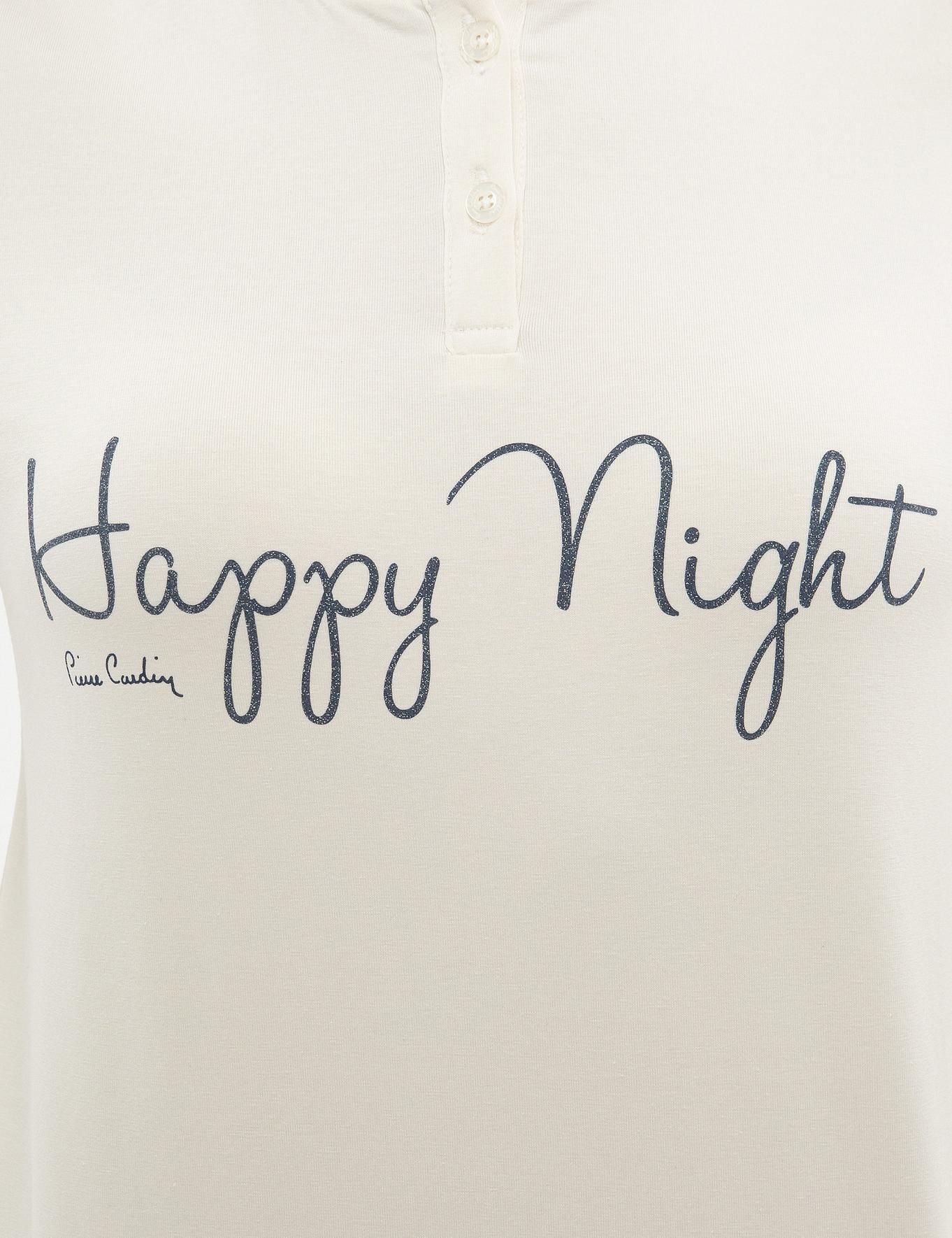 Beyaz Pijama