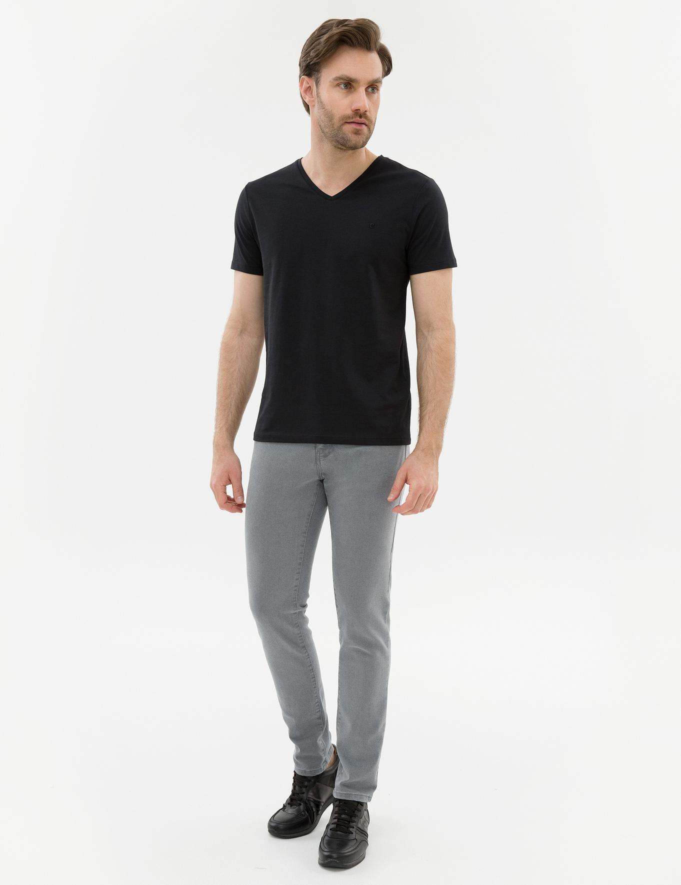 Siyah Slim Fit V Yaka T-Shirt