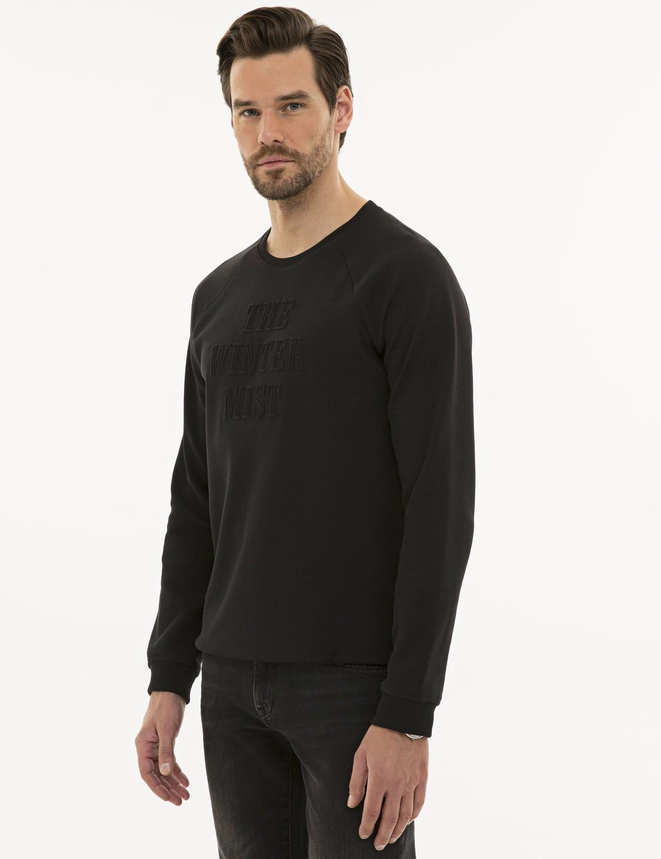 Siyah Regular Fit Sweatshirt