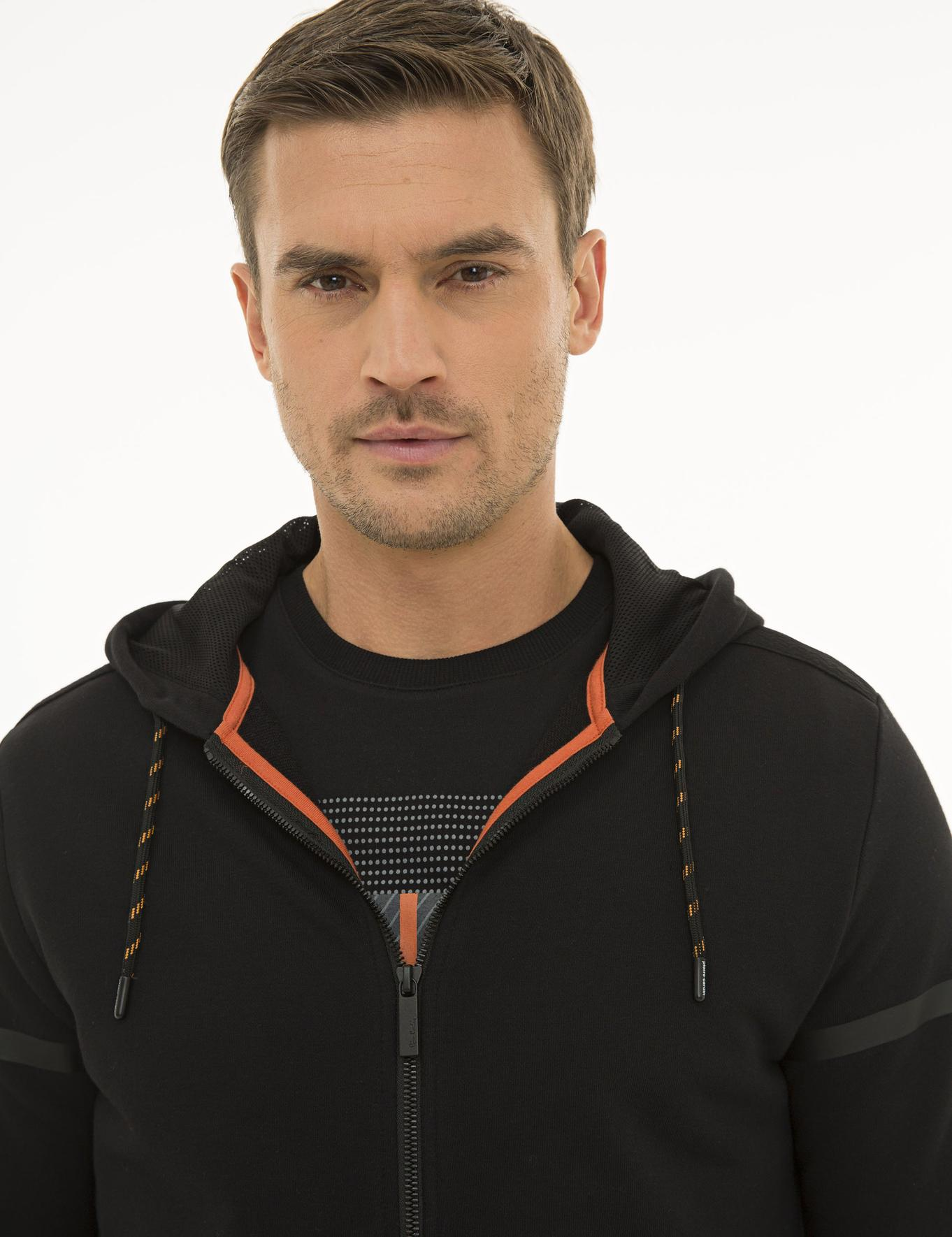 Siyah Regular Fit Sweatshirt