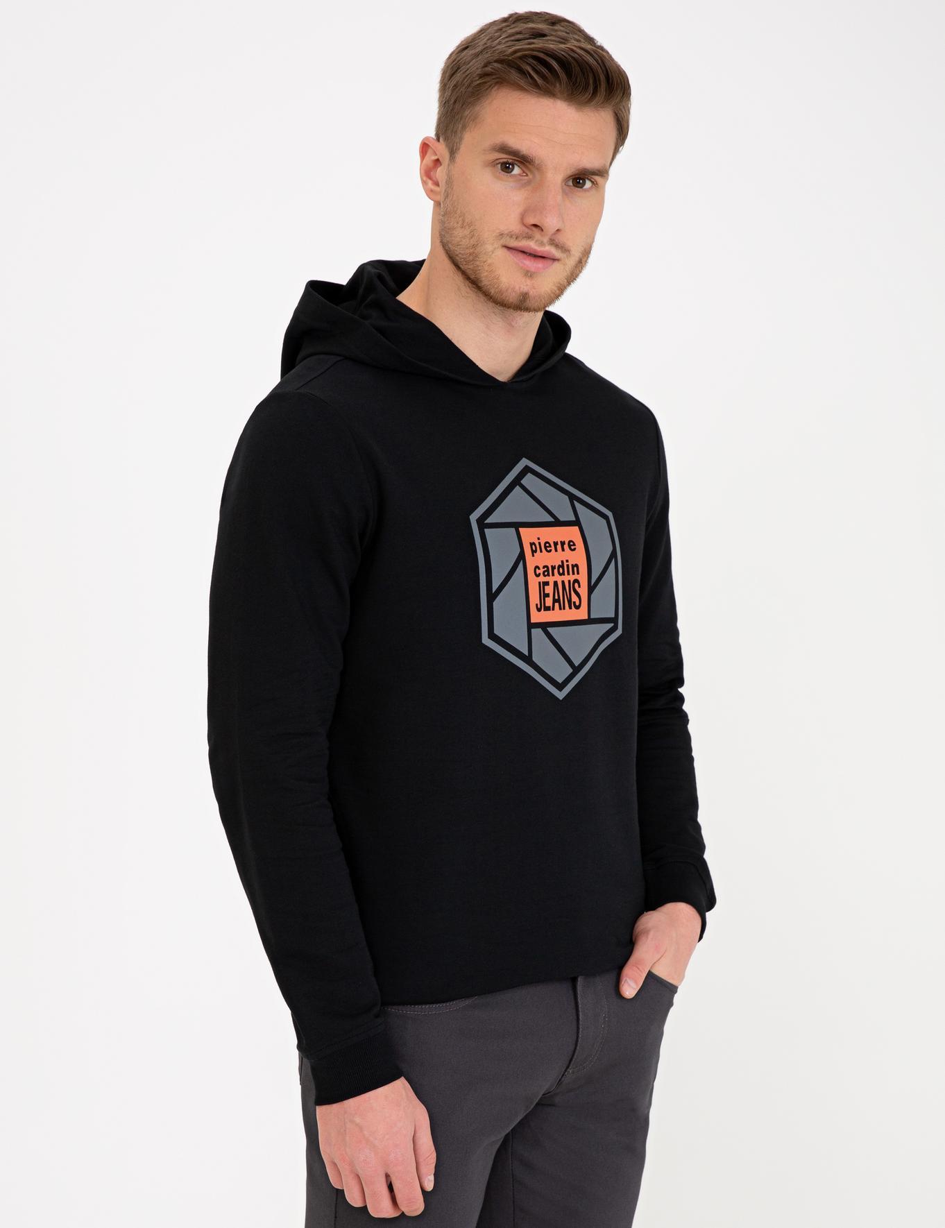 Siyah Standart Fit Kapüşonlu Sweatshirt
