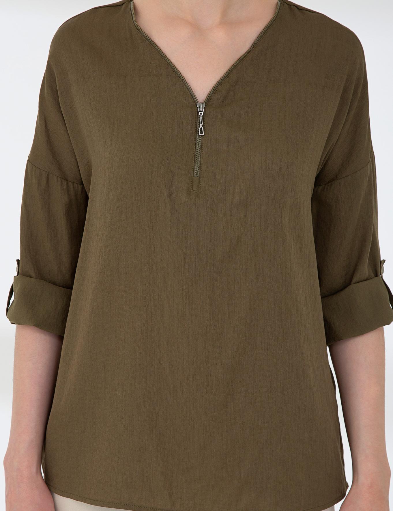 Haki Comfort Fit V Yaka Gömlek