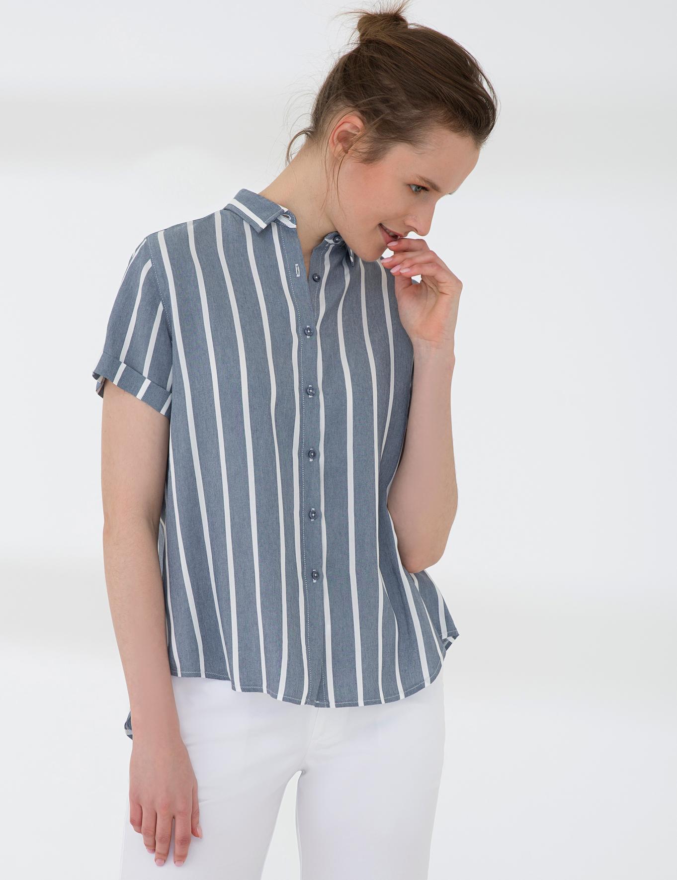 Lacivert Comfort Fit Kısakol Gömlek