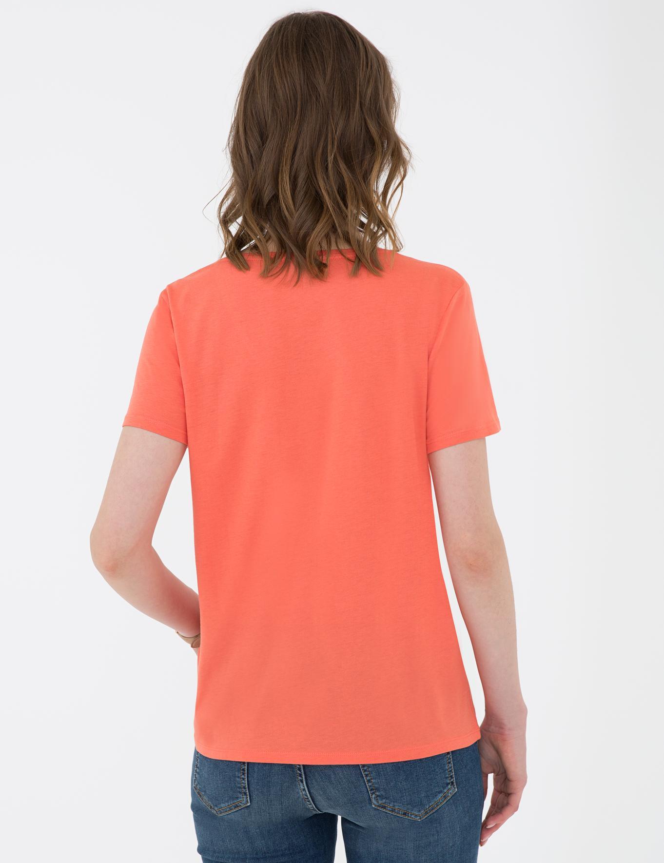 Nar Çiçeği Regular Fit V Yaka T-Shirt