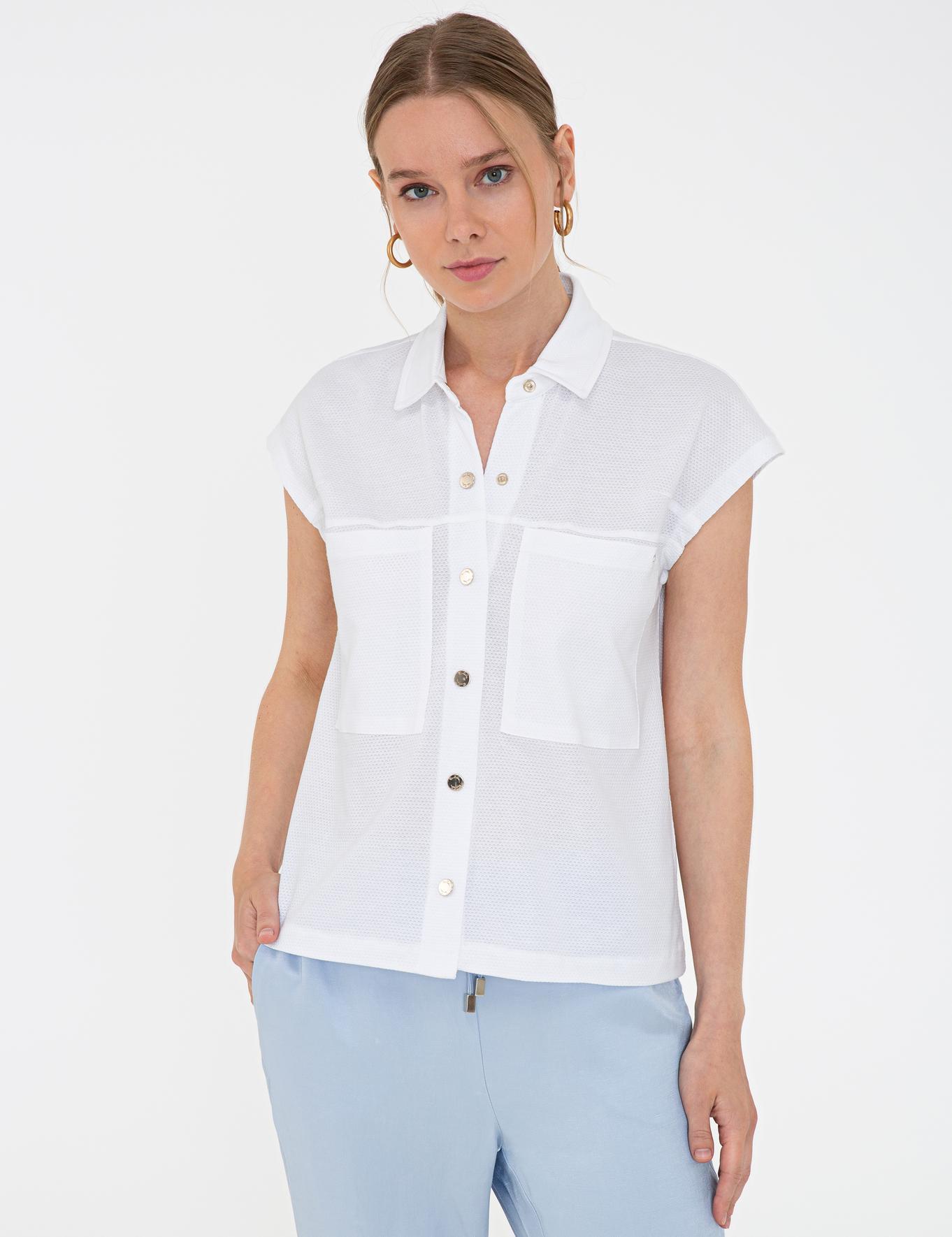 Beyaz Regular Fit Bluz
